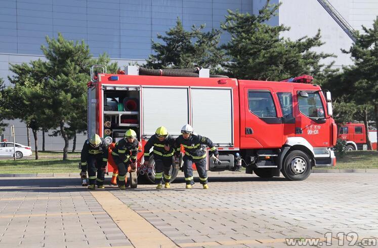 北京顺义消防开展大型企业应急演练活动(组图)