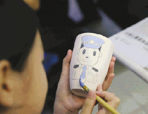 """江苏苏州:两天一夜""""小警察""""(组图)"""