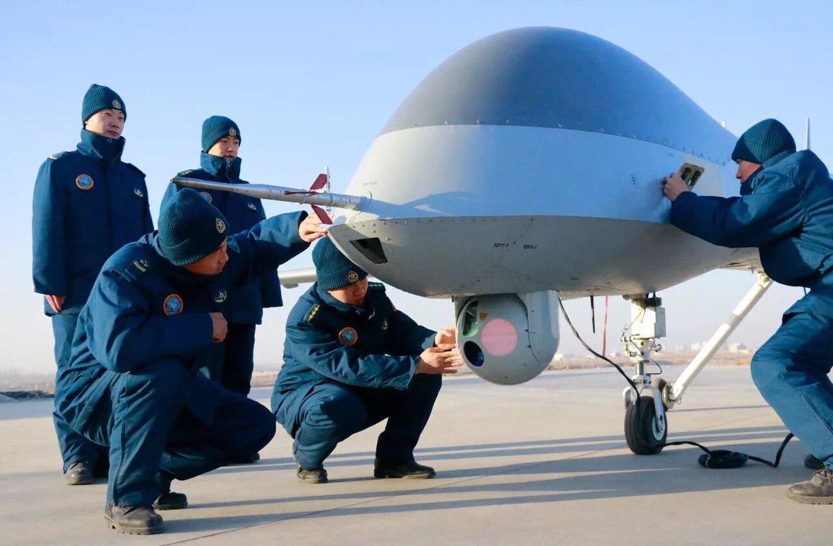港媒:中国空军装备长航时无人机监视美国航母(图)
