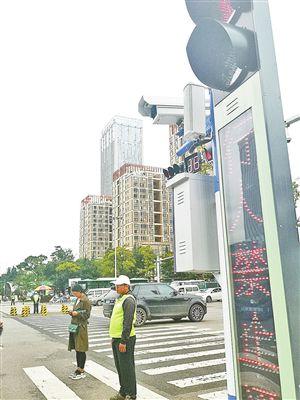 """云南昆明呈贡:为城市交通装上""""智慧大脑""""(组图)"""