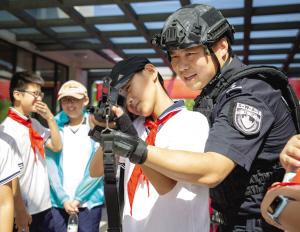浙江嘉兴:警营开放日 全场嗨到爆(图)