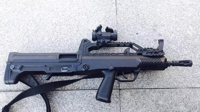 战术附件与轻武器完美结合--捍卫者战术导轨系
