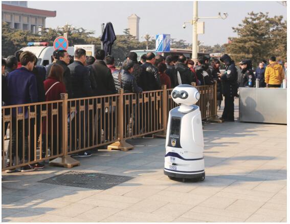 警用安保巡逻机器人发展研究(组图)