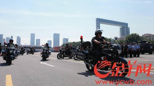 广东广州:装甲防爆车、无人机......超厉害的警用装备集中演练!(组图)