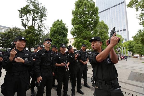 云南昆明公安新一轮巡逻防控勤务改革 变的不止是人(组图)