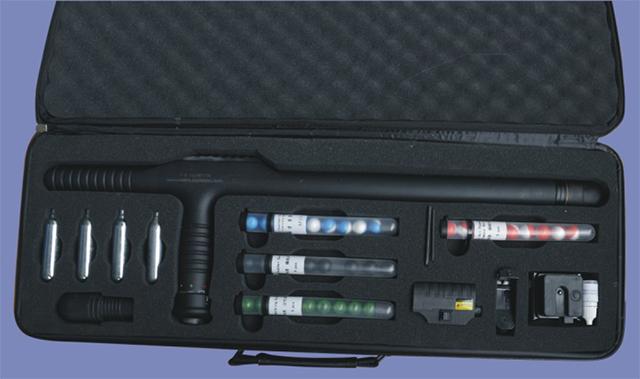 成都锦安:打破传统防护体系 构造攻防一体化单警装备(组图)