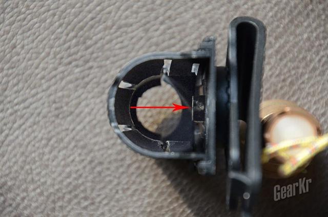 灵活实用 快速反应——纳丽德V6战术快拔手电套(组图)