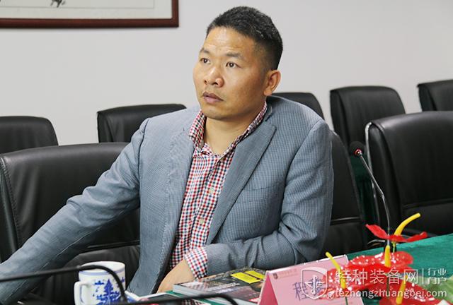 深圳新宏新总经理程黎明参访本网(组图)