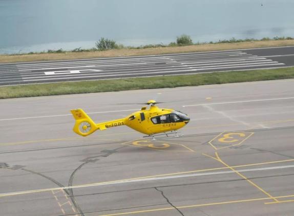 山东青岛造H135直升机投入商用 将用于省内执行救援任务(图)