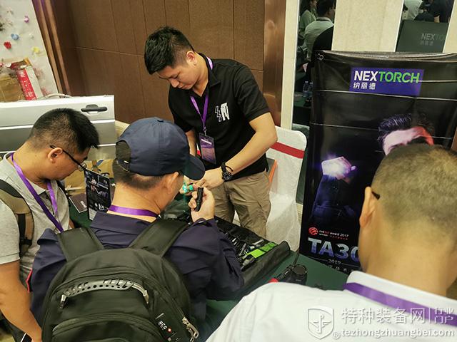 积极推进多维平台搭建 深圳对接会圆满成功举办(组图)