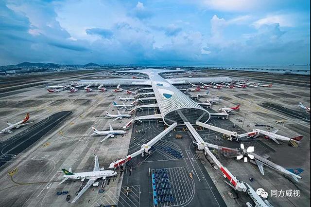 同方威视在深圳机场智能安检通道顺利通过验收,国庆期间投入使用(组图)
