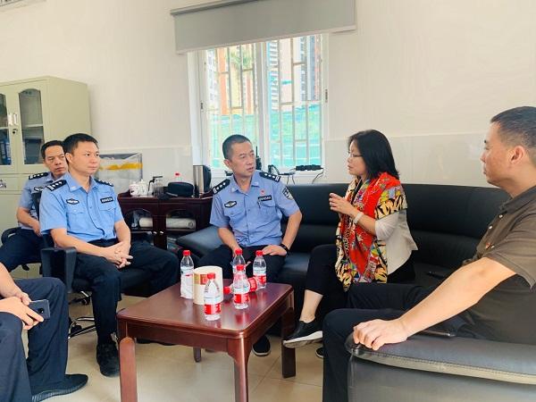 广东省深圳市救助管理站举行社区警务室启用活动(组图)