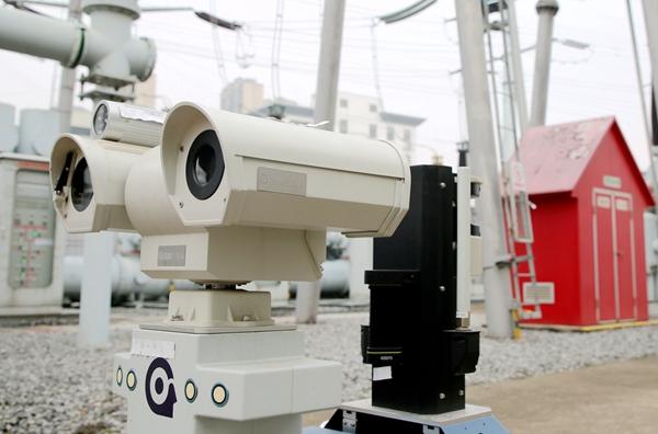 机器人、无人机助力安徽合肥电网运检 保障企业复工用电(组图)